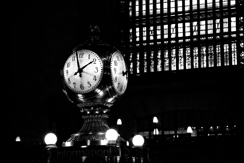 (c)JSP_Grand Central Clock_BW_2013