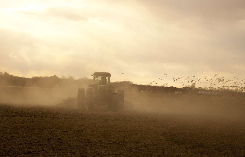 (c)JerseyStyle_Photography_tractor_042013_4620