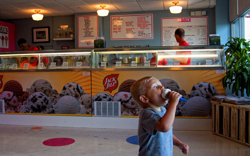 (c)JerseyStyle_Photography_Chase ice cream shop_June2013_7241