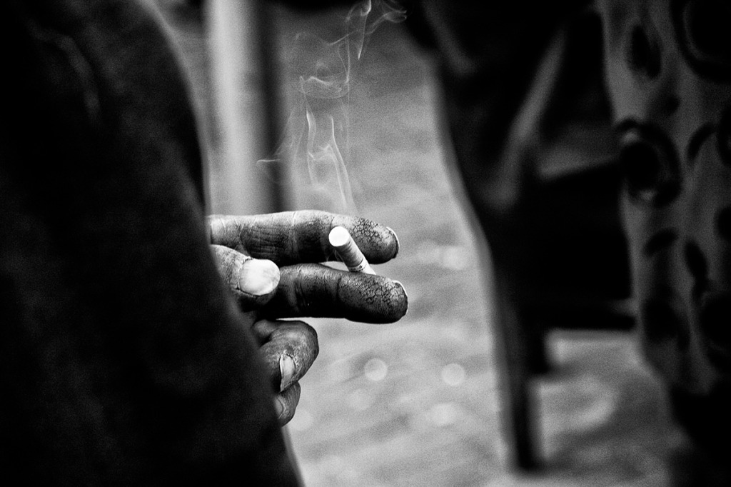 (c)JerseyStyle_Photography_Smoke_BW_112010_0370