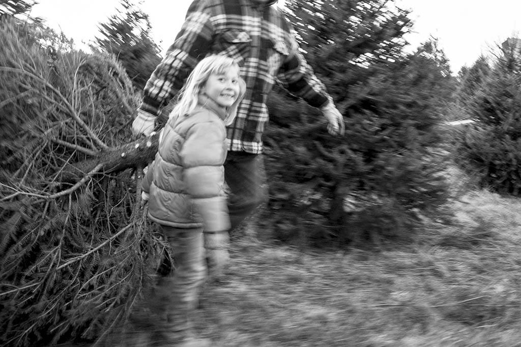 (c)JerseyStyle_Photography_Olivia treepull_122013_6939