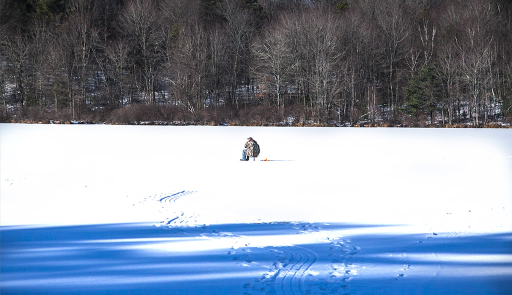 (c)JerseyStyle Photography_Ice Fisherman_122013_7863