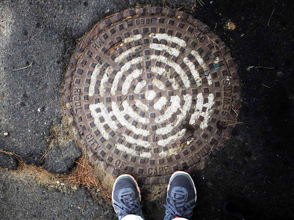 (c)JerseyStyle Photography_Capetown Manhole cover2_022014_1124