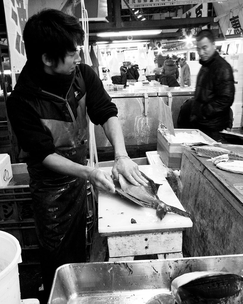 (c)JerseyStyle Photography_Tsukiji fishmonger_bw__2010_9290