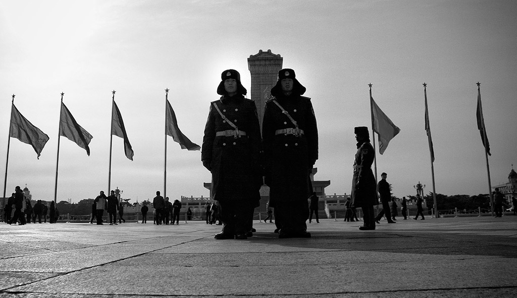 (c)JerseyStyle Photography_Tsquare soldiers2_bw_MG_0883