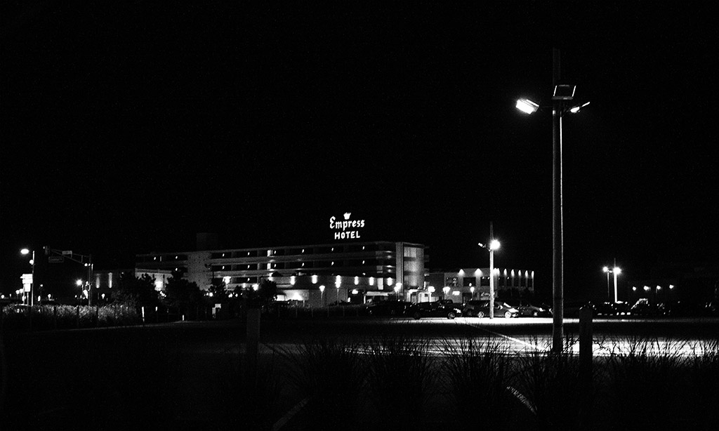 (c)JerseyStyle Photography_Deep Part Of The Night_bw_092114_4757