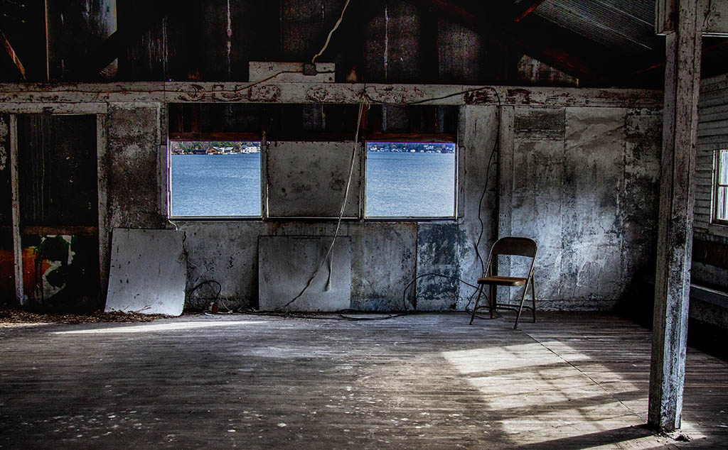 (c)JerseyStyle Photography_single chair3_102014_7654