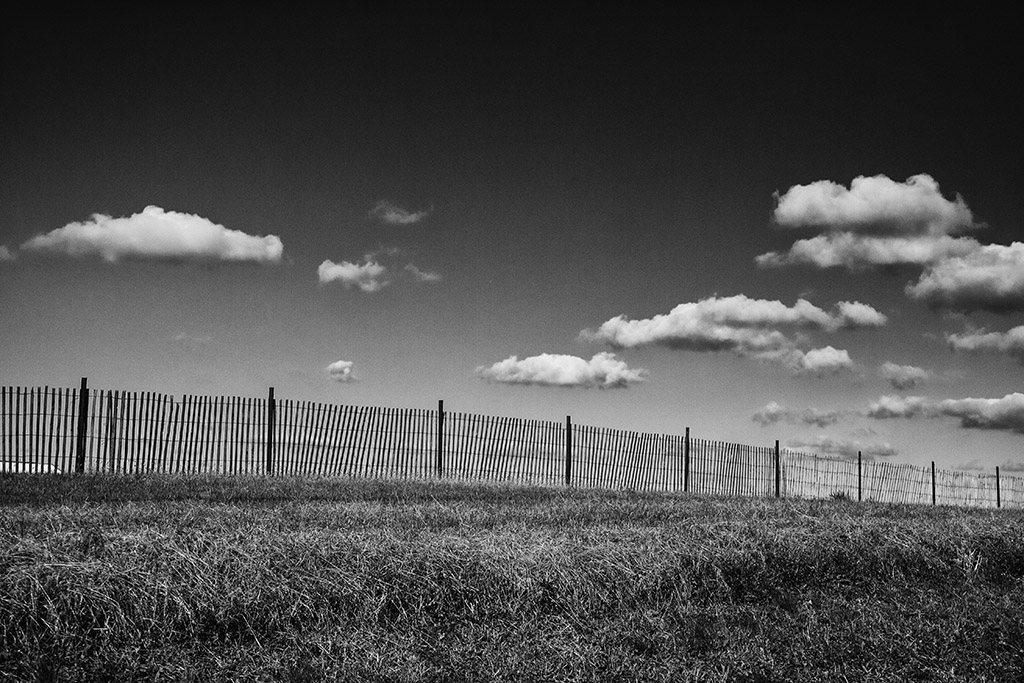 (c)JerseyStyle Photography_snow fence_bw_112014_8856