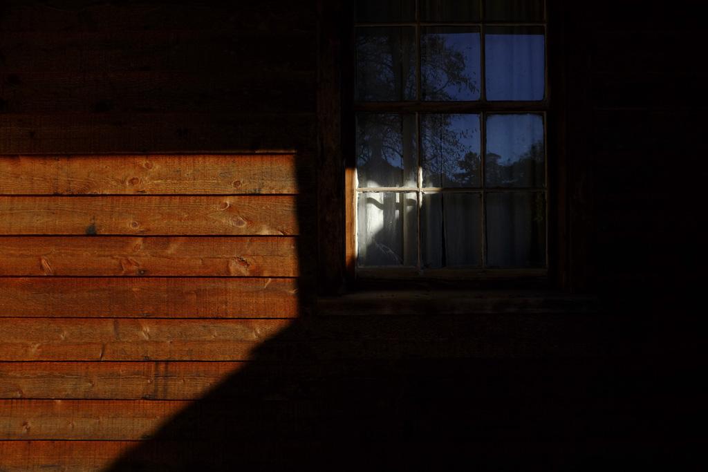 (c)JerseyStyle Photography_Window light_110815_DSCF8385