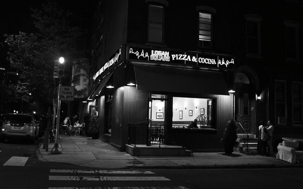 (c)JerseyStyle Photography_Logan Square Pizza_BW_062016_DSCF4721
