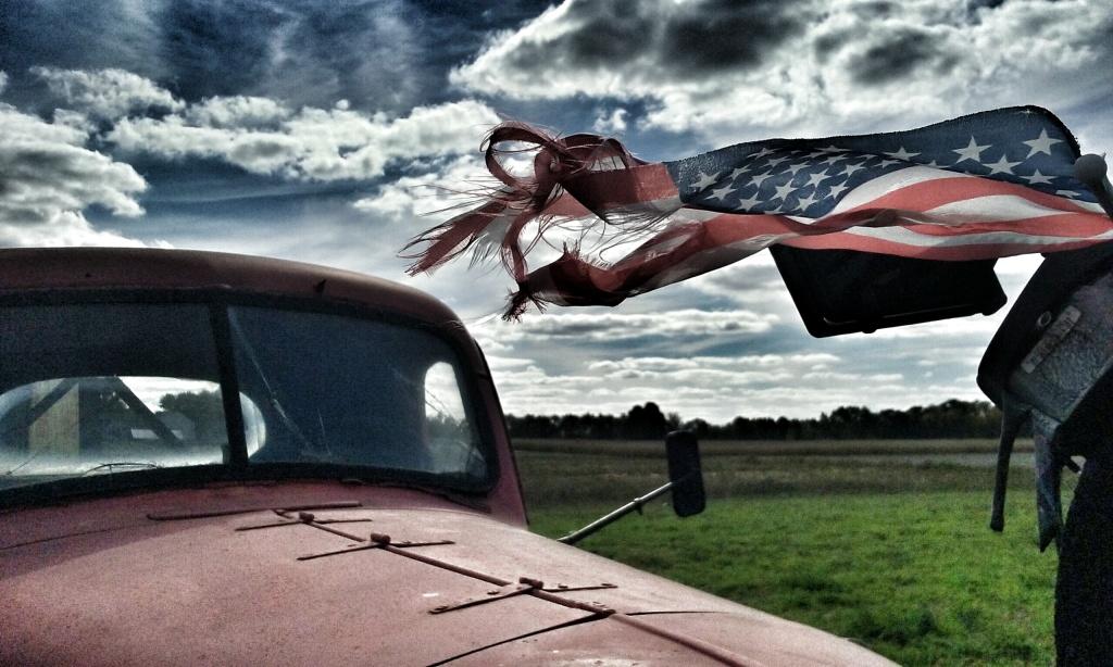 truck-flag