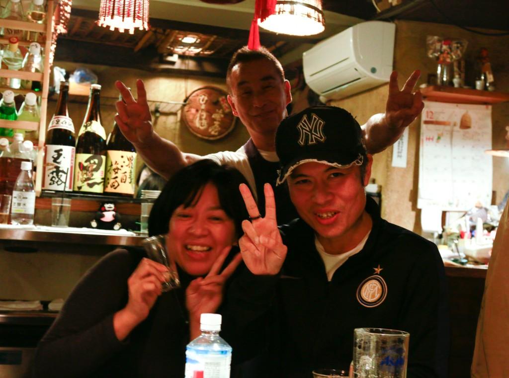 dinner-patrons_tokyo-japan_120316_mg_0718