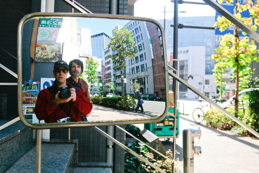 mirror-images_tokyo_japan_120316_mg_0480