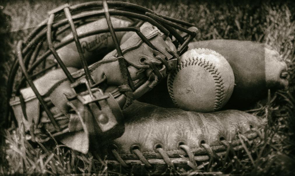 catchers gear_nostalgia_2017