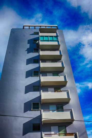 Blue sky Building_120319_DSCF5759